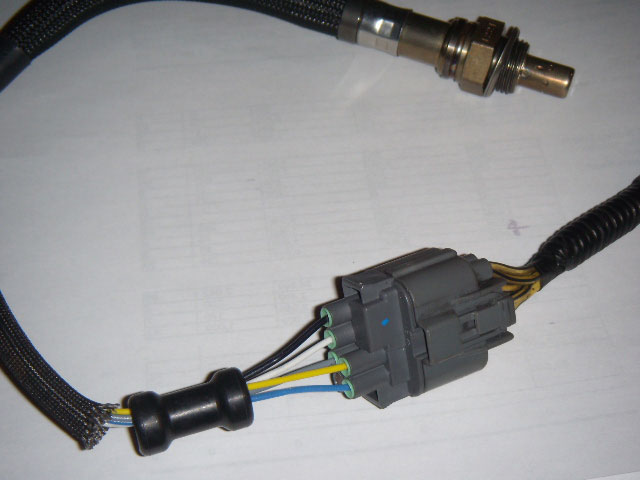 DSCN2327 civic hx owners, wiring question, 5 wire o2 sensor honda tech 2005 Honda Odyssey Oxygen Sensor Location at honlapkeszites.co